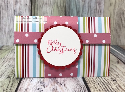 Gift card holder with belly band is quick, easy and pretty way to decorate your Christmas gift card holders. www.thestampcamp.com #fsj, #giftcardholder, #christmas, #thestampcamp