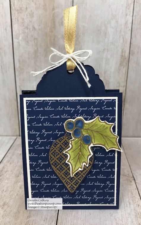 The Scallop Tag Topper punch isn't just for tags; check out this beautiful treat holder and gift card holder all in one. Details on my blog: https://wp.me/p59VWq-aAI #stampinup #thestampcamp #tagpunch #giftcardholder